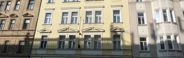PRONÁJEM  Částečně zařízeného bytu 1+1, 38 m2Praha – Smíchov