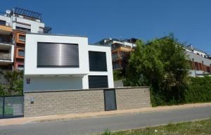Moderní RD 100 m2, pozemek 200 m2, terasa 30m2  Praha 5, Císařka